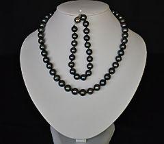 black-pearl-necklace-set.jpg