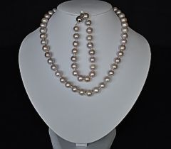 pink-pearl-necklace-set.jpg